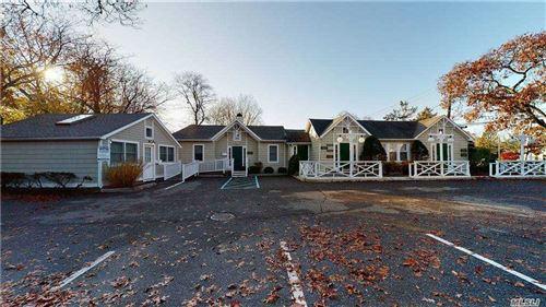 Photo of 12 Oak Street, Westhampton Bch, NY 11978 (MLS # 3265864)