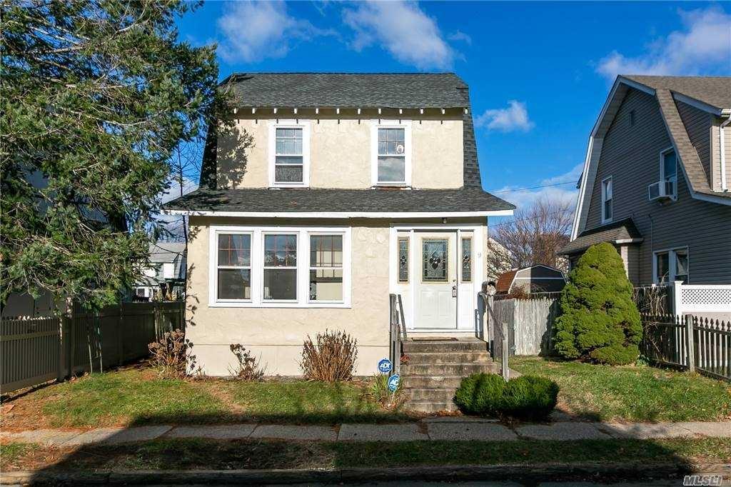 9 Winchester Drive, Lindenhurst, NY 11757 - MLS#: 3273864