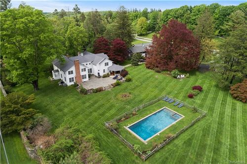 Photo of 9 Great Hill Farms Road, Bedford, NY 10506 (MLS # H6060866)