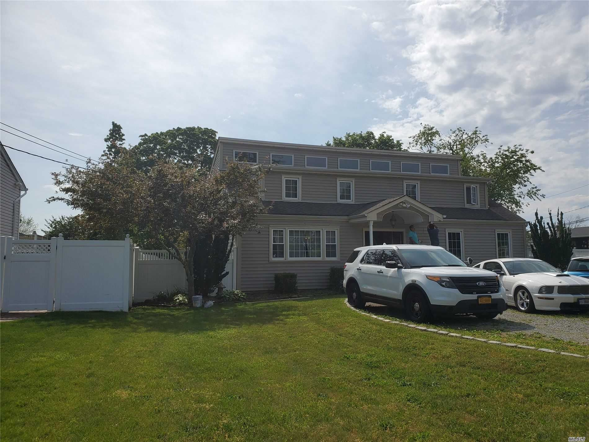 39 Carman Blvd, Massapequa, NY 11758 - MLS#: 3219870