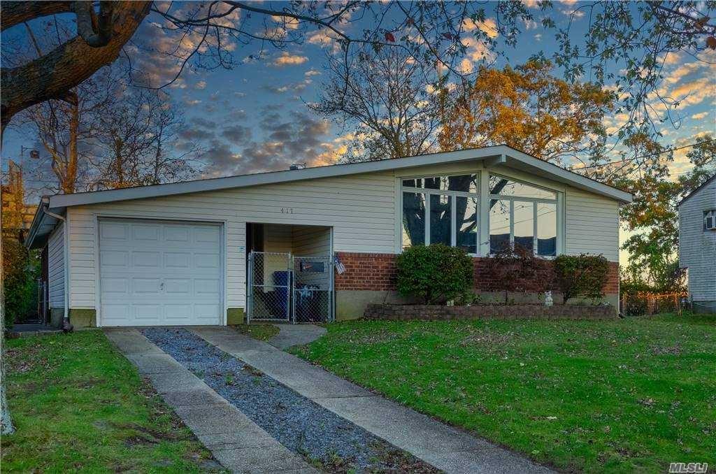 417 Spangle Drive, North Babylon, NY 11703 - MLS#: 3265871