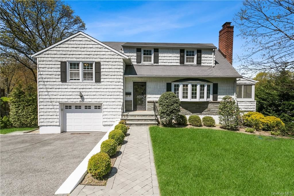 Photo of 187 Oakland Avenue, Eastchester, NY 10709 (MLS # H6113872)