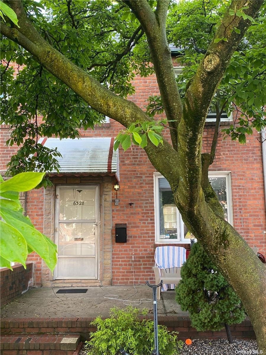 63-28 76th Street, Middle Village, NY 11379 - MLS#: 3318873