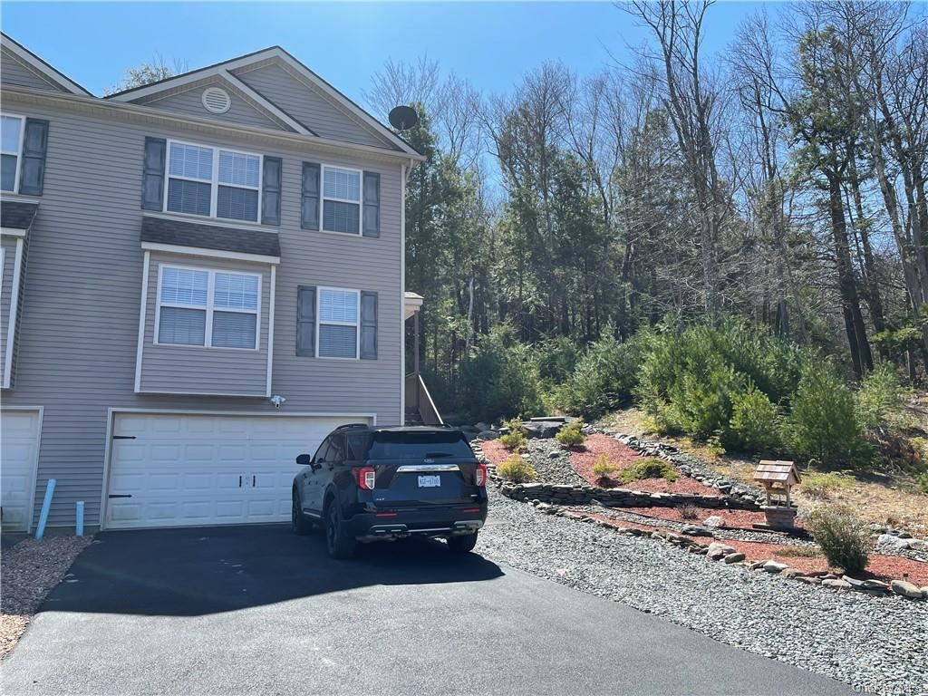 Photo for 11 Westfield Court, Rock Hill, NY 12775 (MLS # H6106873)