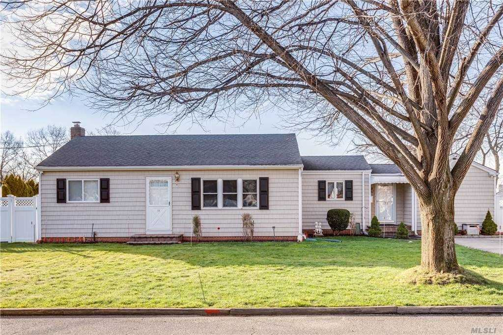11 Willetts Place, Huntington Station, NY 11746 - MLS#: 3277874