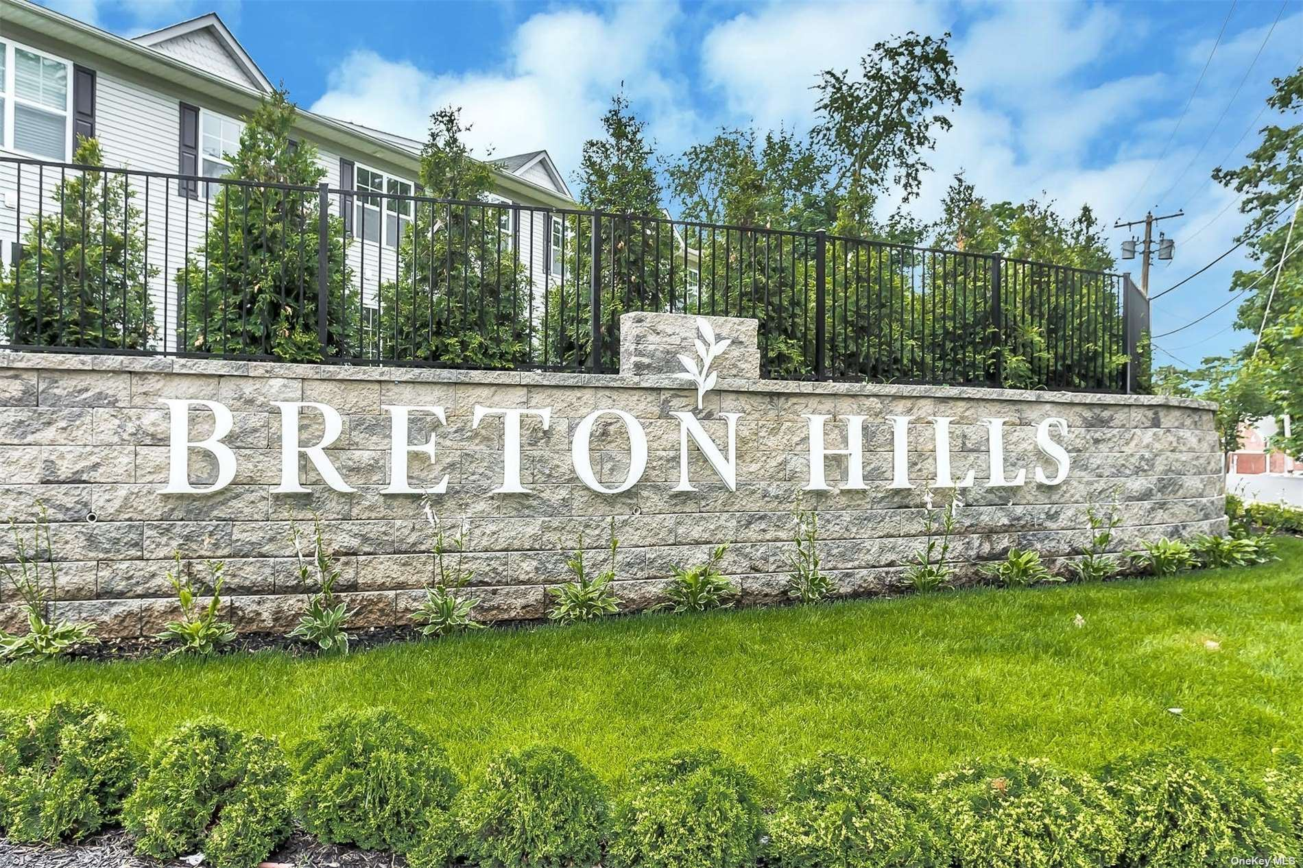 411 Breton Way #lower, Glen Cove, NY 11542 - MLS#: 3325874