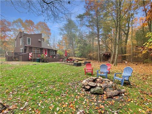 Photo of 8 Clipper, Wurtsboro, NY 12790 (MLS # H6087875)