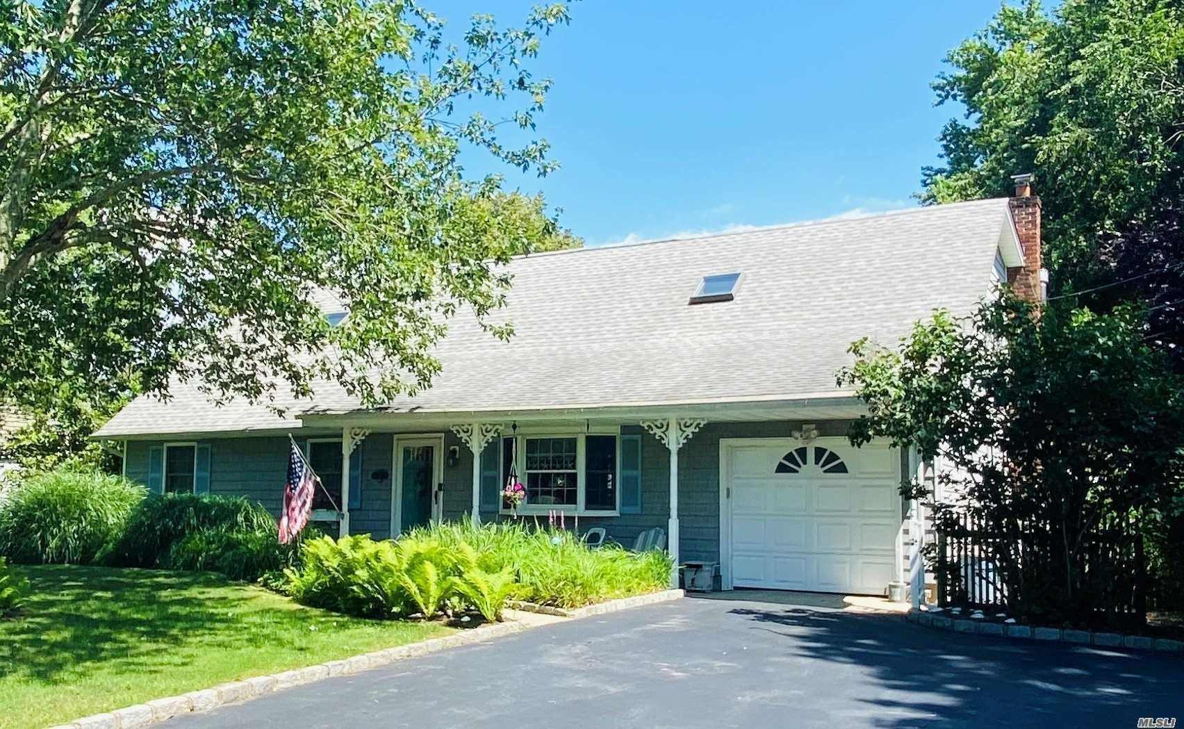 31 Sedgemere Rd, Center Moriches, NY 11934 - MLS#: 3233875