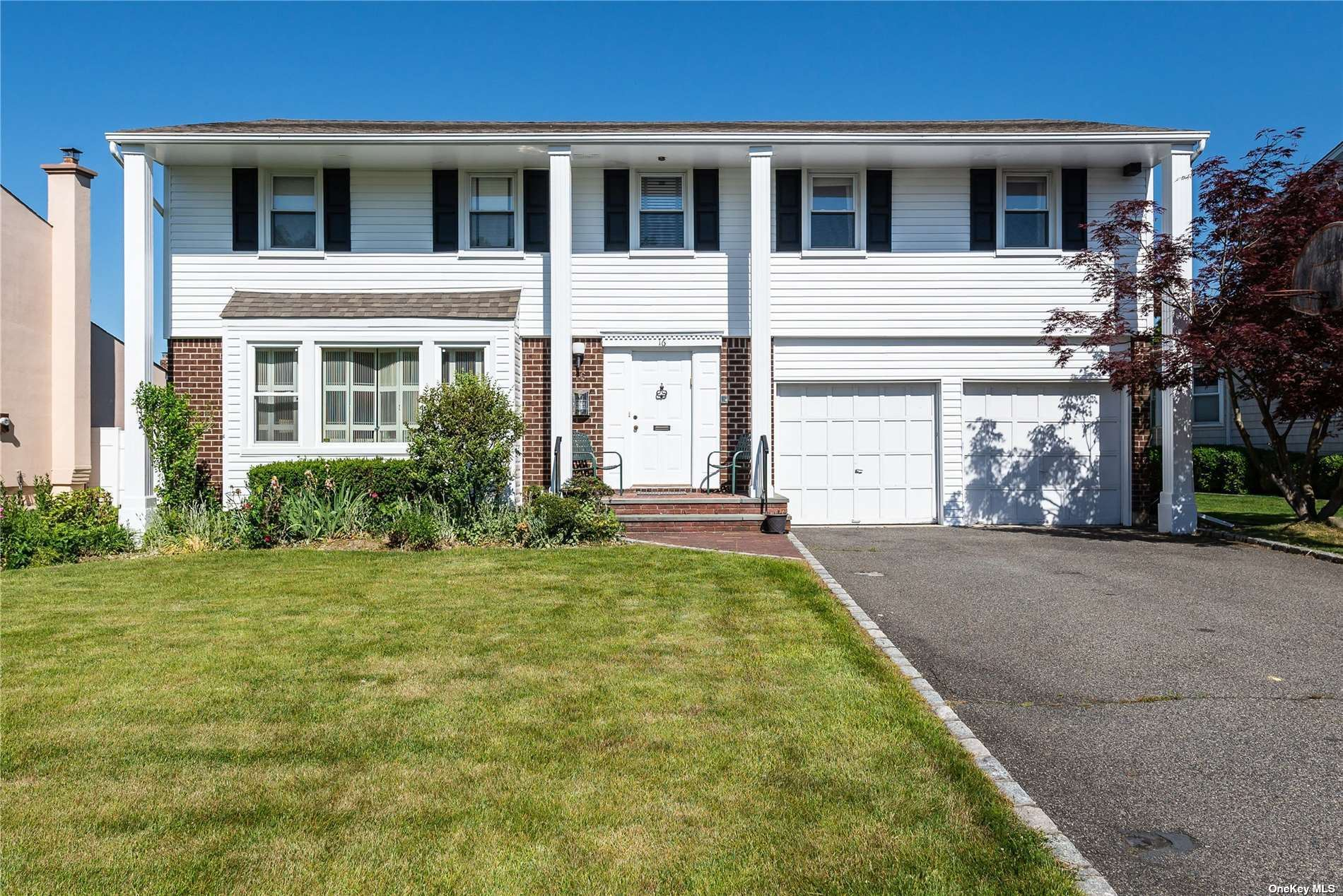 16 Carriage Road, Roslyn, NY 11576 - MLS#: 3321875