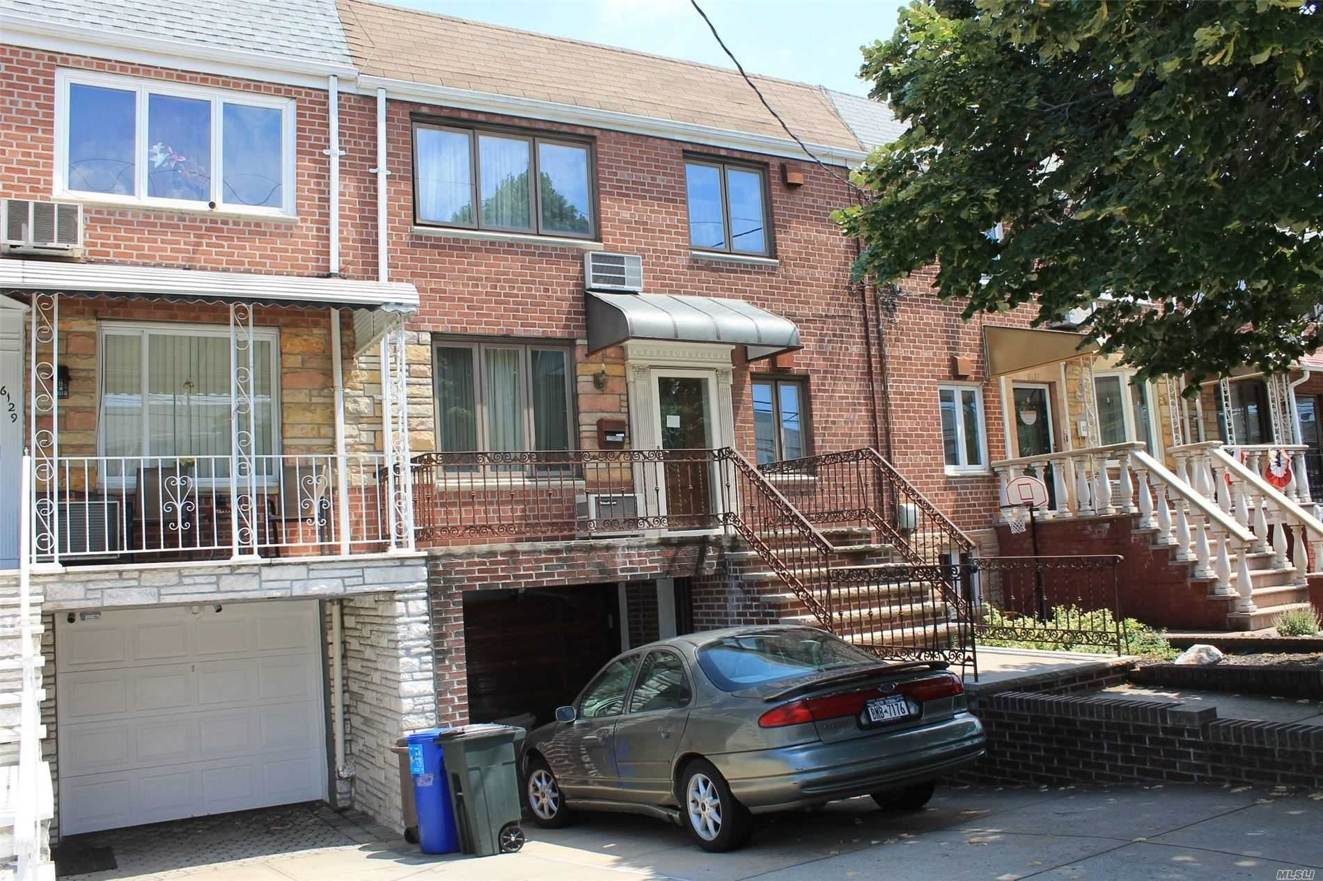 61-31 69th Lane, Middle Village, NY 11379 - MLS#: 3237876