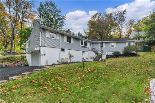 Photo of 85 Grandview Drive, Mount Kisco, NY 10549 (MLS # H6079877)