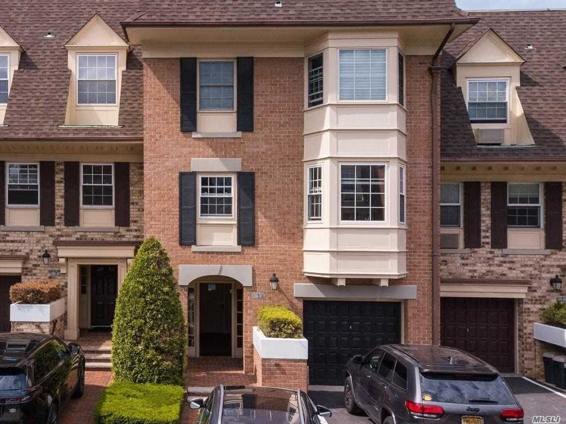 208-07 Estates Drive, Bayside, NY 11360 - MLS#: 3216877
