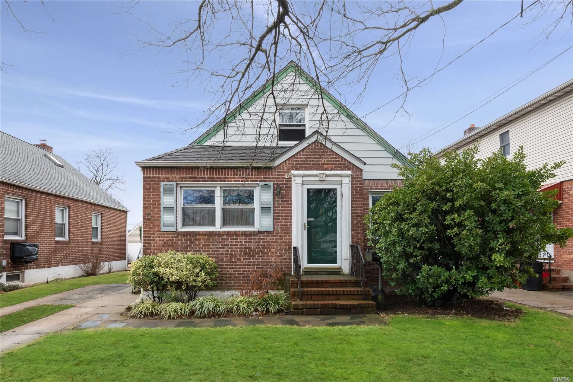17 Peachgrove Drive, West Hempstead, NY 11552 - MLS#: 3203878