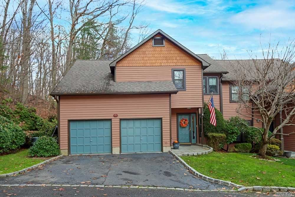 Photo of 3 Adams Court, Oyster Bay, NY 11771 (MLS # 3272878)