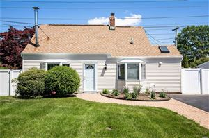 Photo of 31 Old Farm Rd, Levittown, NY 11756 (MLS # 3132880)