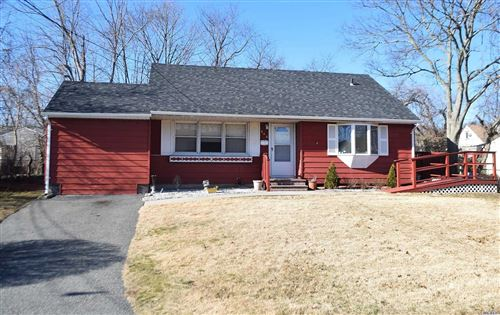 Photo of 206 Claywood Dr, Brentwood, NY 11717 (MLS # 3193880)