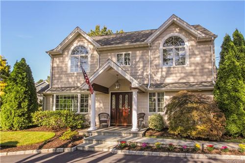 Photo of 2 Maple Court, Rye Brook, NY 10573 (MLS # H6014880)