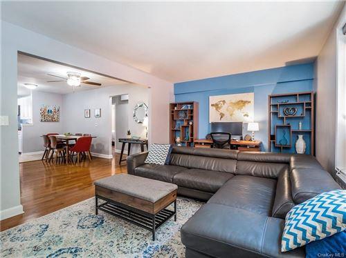 Photo of 2 Windsor Terrace #2G, White Plains, NY 10601 (MLS # H6059880)