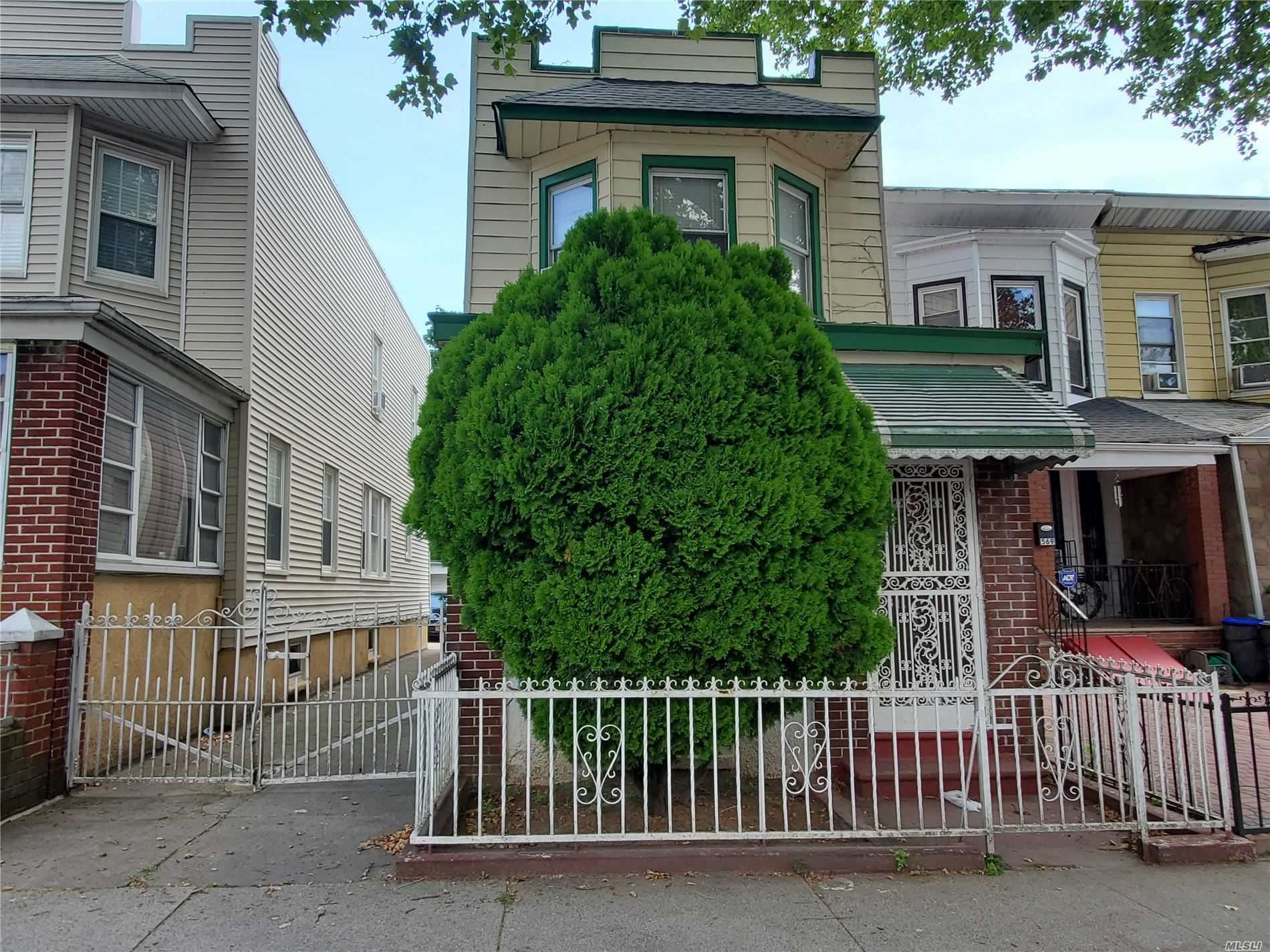 563 E 28th Street, Brooklyn, NY 11210 - MLS#: 3233882