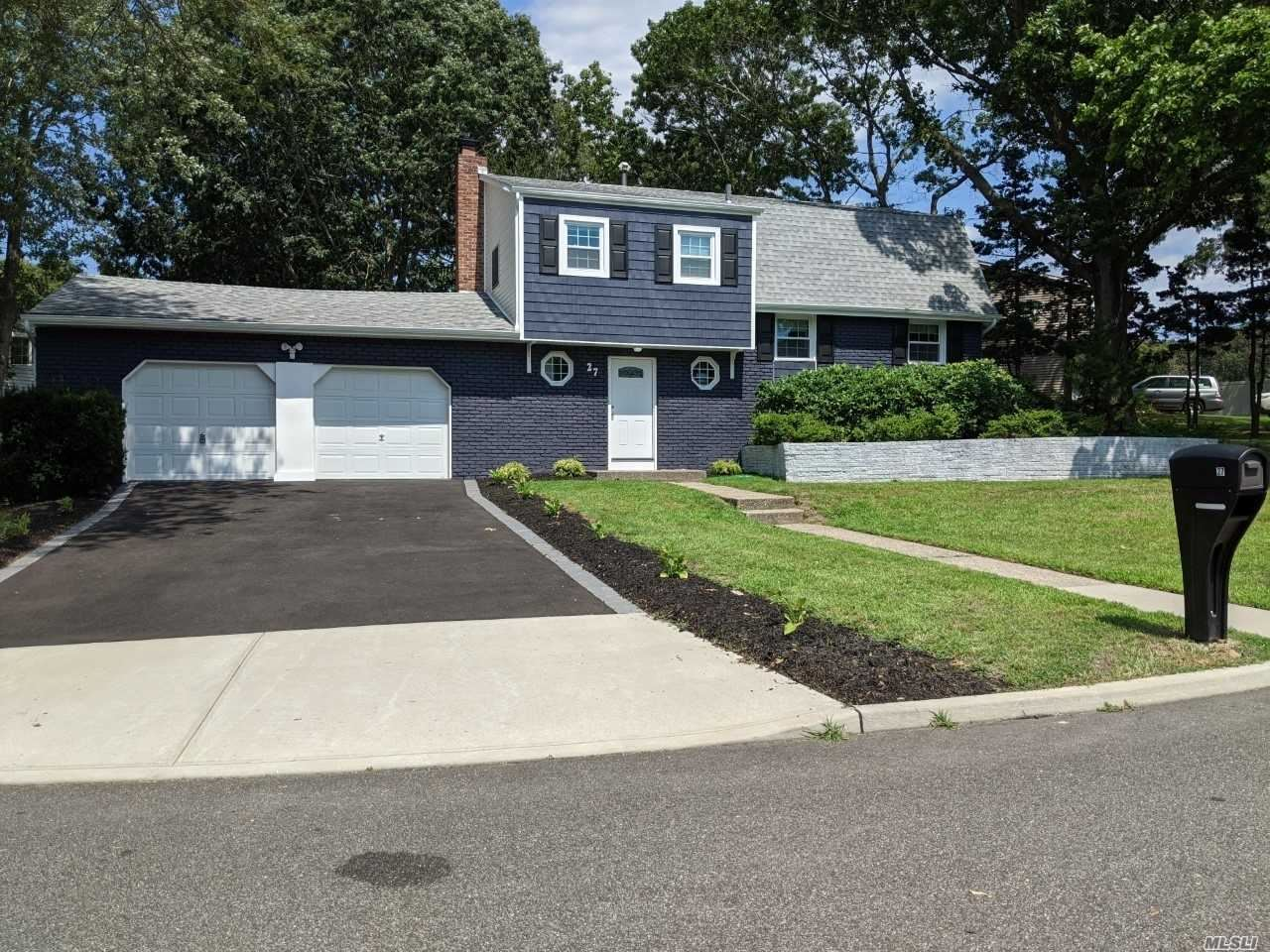 27 Camp Dr, Selden, NY 11784 - MLS#: 3240883