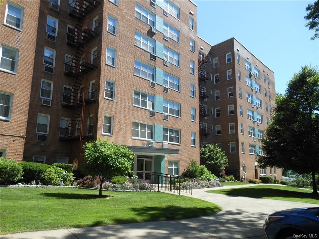 98 Dehaven Drive #6D, Yonkers, NY 10703 - #: H6098888