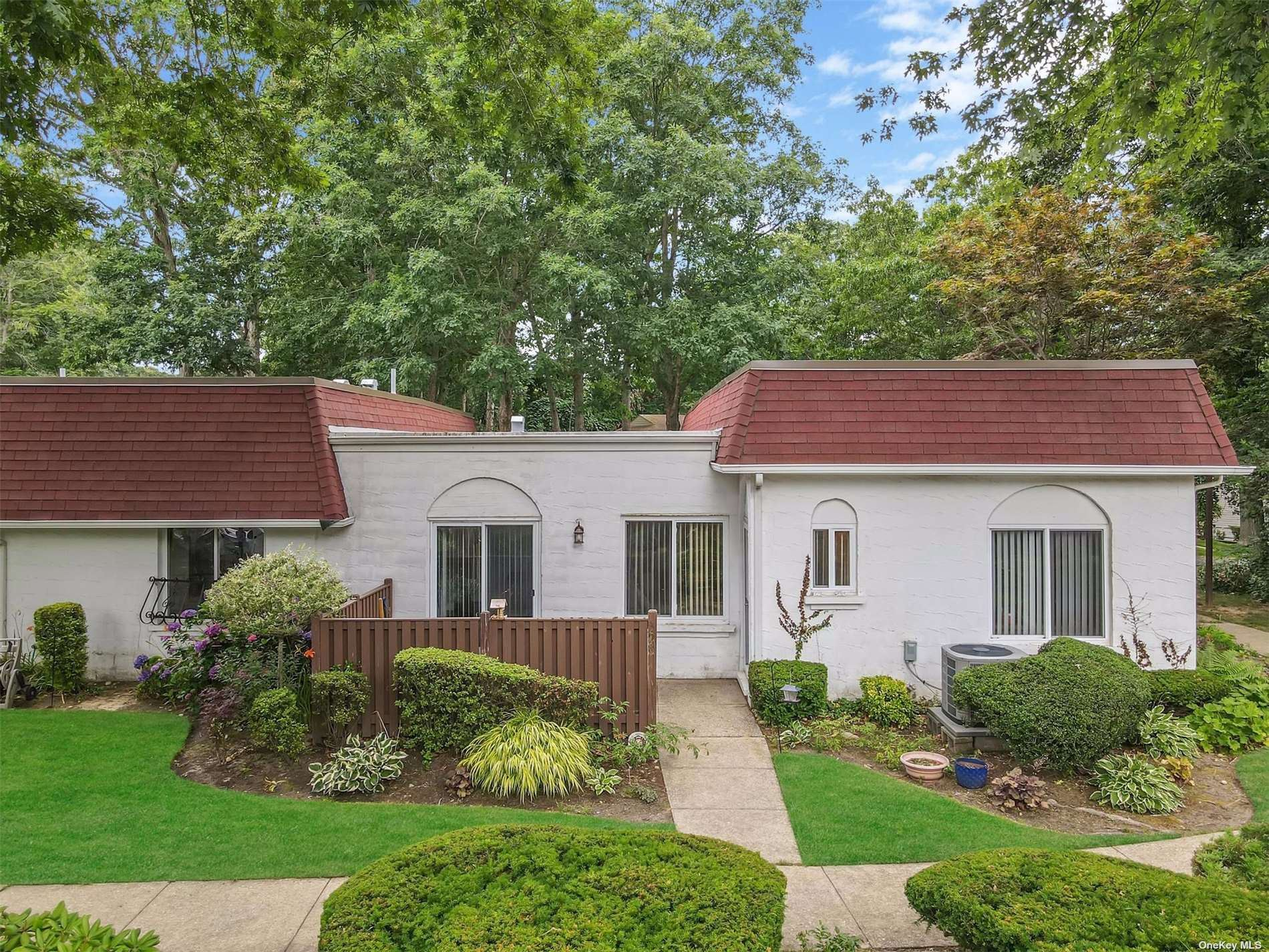 398 Clubhouse #398, Coram, NY 11727 - MLS#: 3331891