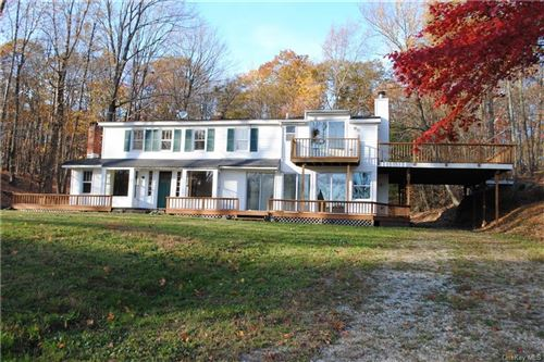 Photo of 135 S Quaker Hill Road, Pawling, NY 12564 (MLS # H6104894)