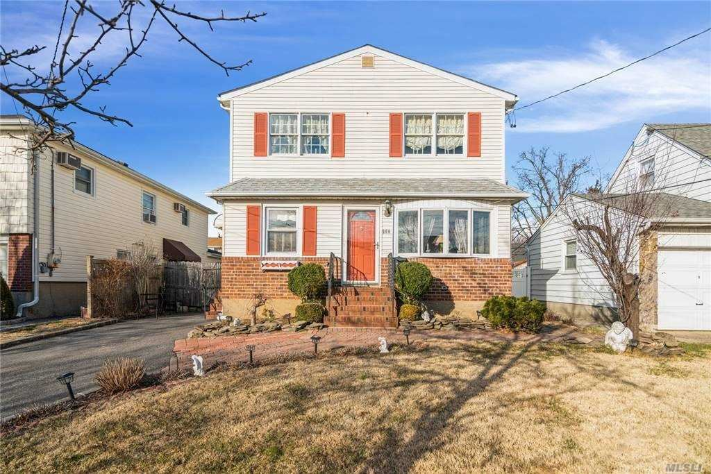 666 Wool Avenue, Franklin Square, NY 11010 - MLS#: 3282894