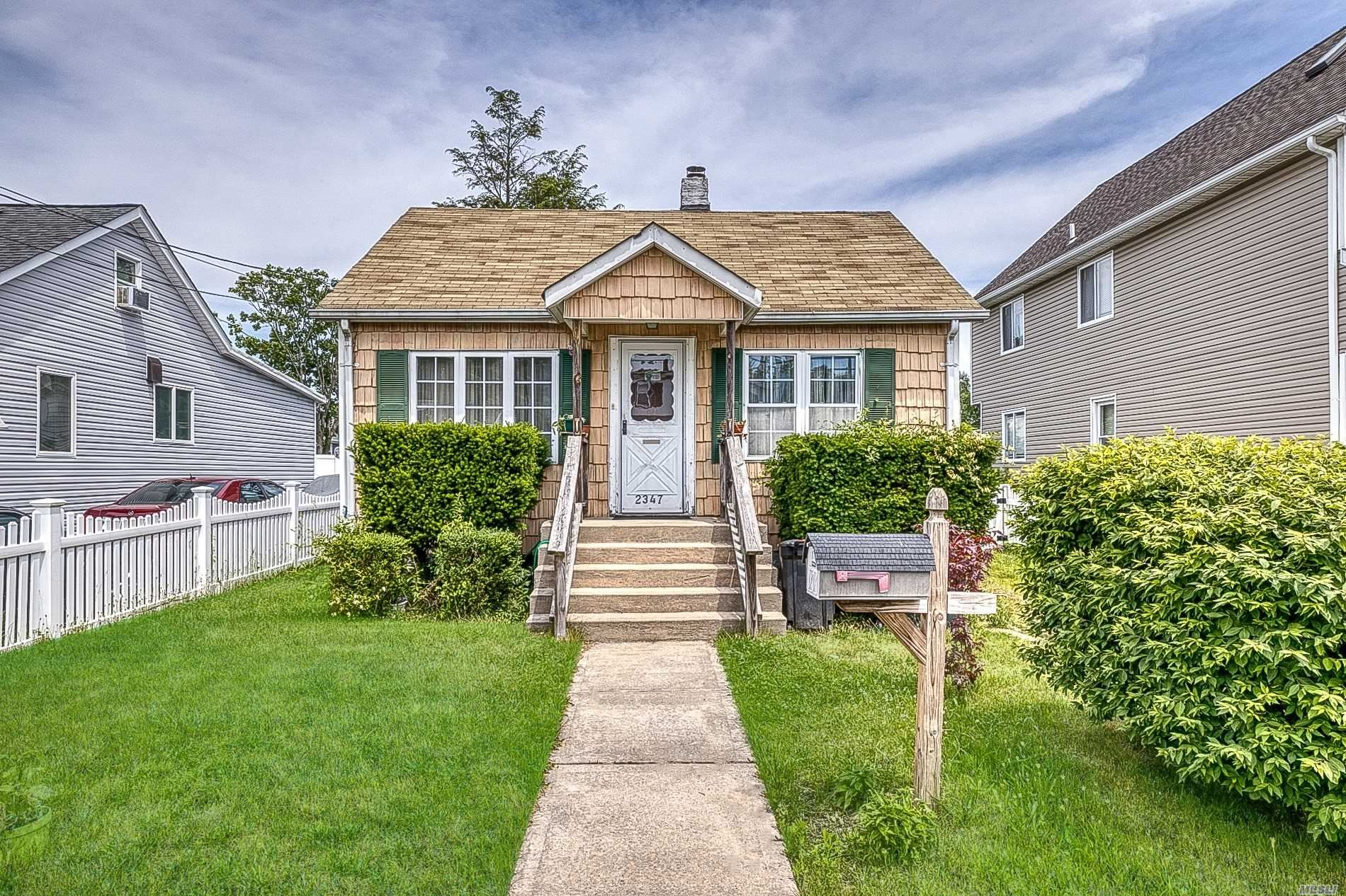 2347 Mitchell Place, Bellmore, NY 11710 - MLS#: 3221896