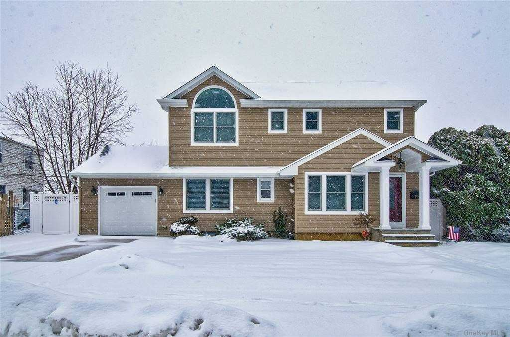 3 Mayflower Drive, Hicksville, NY 11801 - MLS#: 3289896