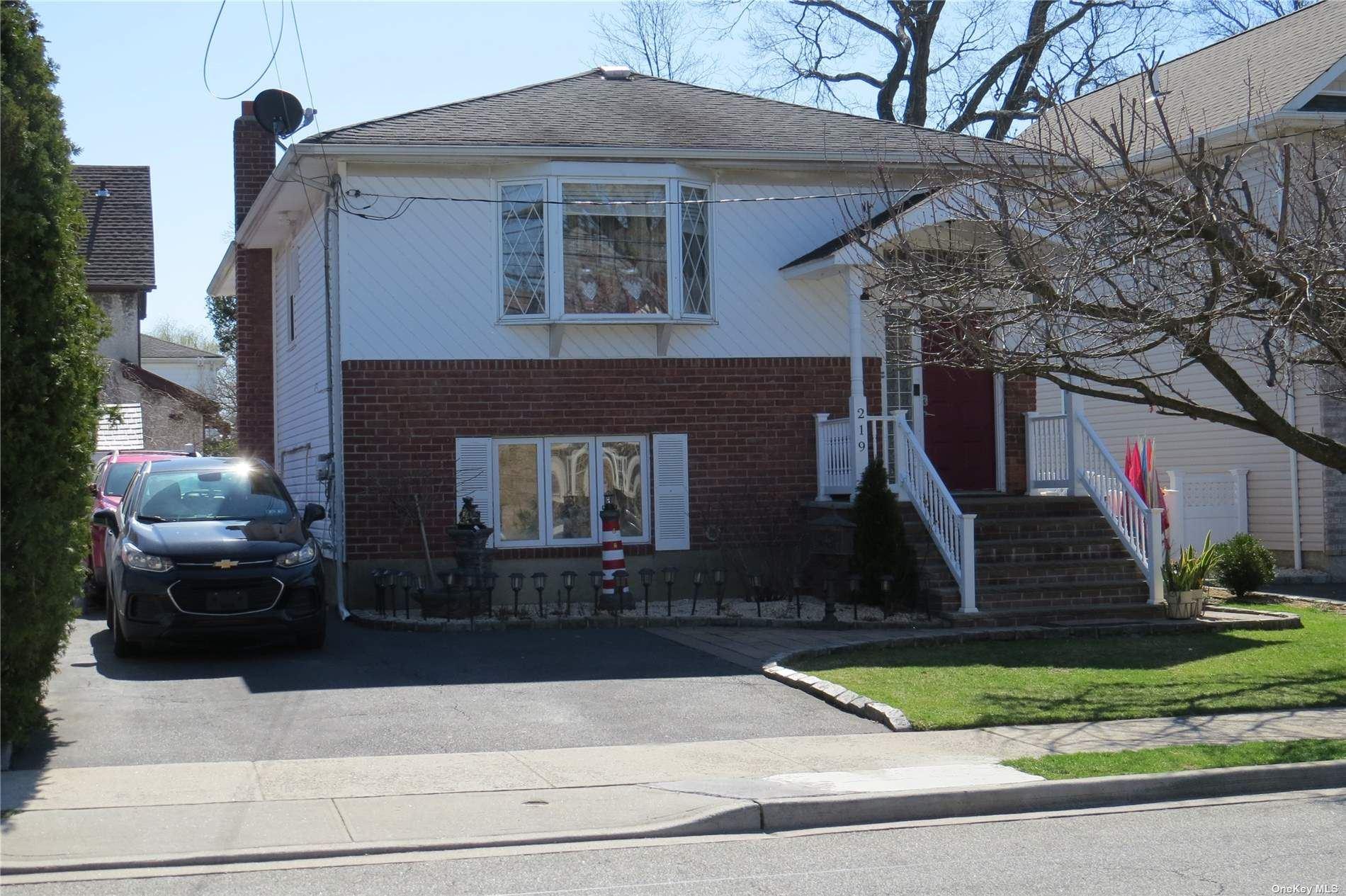 219 Cornwell Avenue, Valley Stream, NY 11580 - MLS#: 3273897