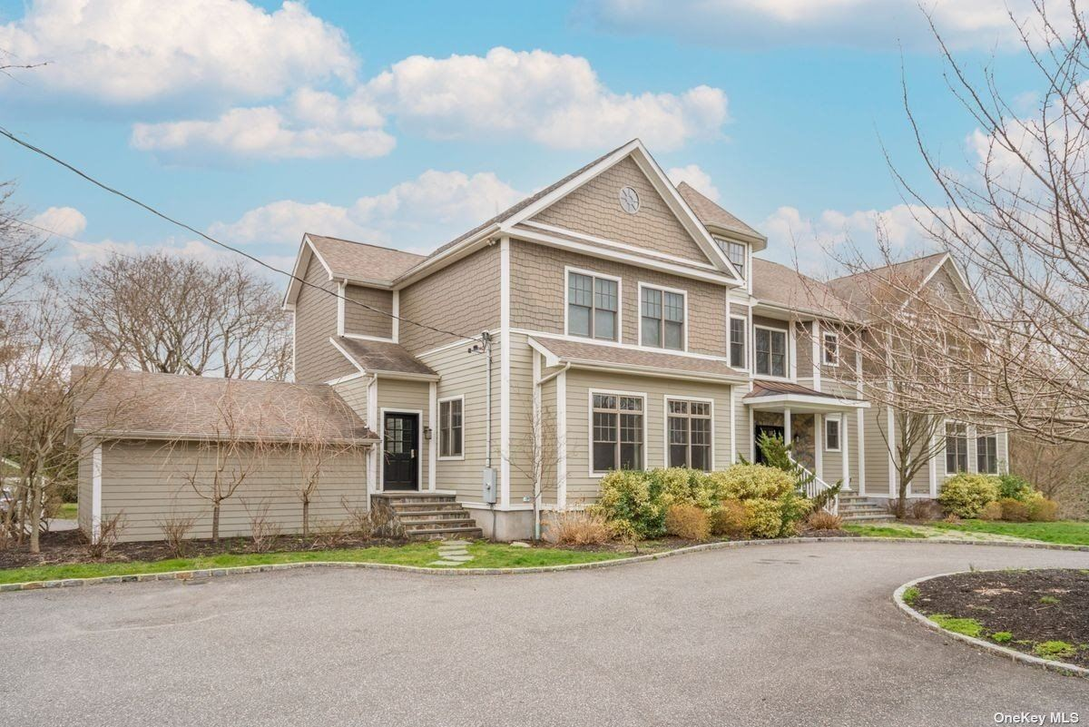 Photo of 434 Cold Spring Road, Laurel Hollow, NY 11791 (MLS # 3299897)