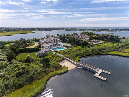 Photo of 39 Meadow Lane, Quogue, NY 11959 (MLS # 3195898)