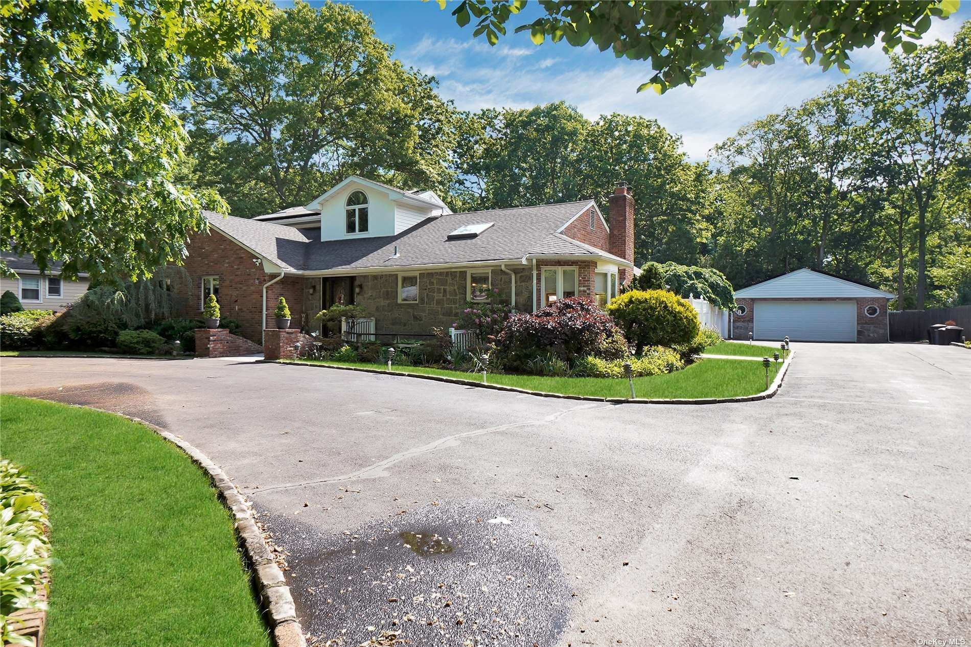 83 Summit Drive, Smithtown, NY 11787 - MLS#: 3320898