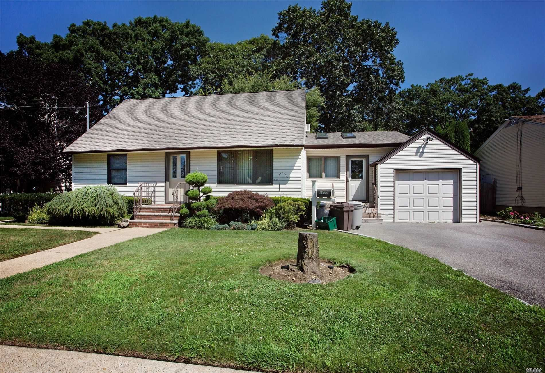 1855 Willis Avenue, Merrick, NY 11566 - MLS#: 3240899