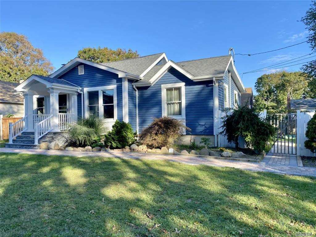 127 Clinton Avenue, East Patchogue, NY 11772 - MLS#: 3253899