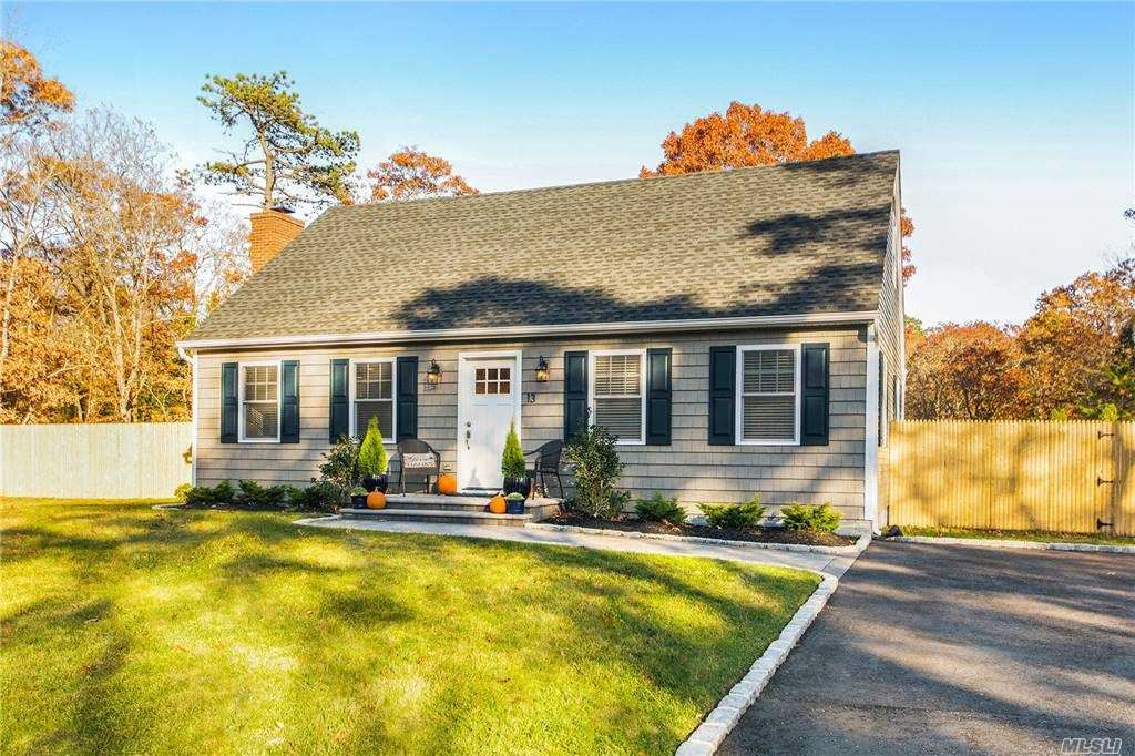 13 Evergreen Ct, East Quogue, NY 11942 - MLS#: 3262899