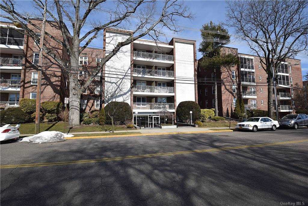 110 Brooklyn Avenue #3T, Freeport, NY 11520 - MLS#: 3288900