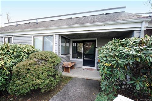 Photo of 92 Heritage Hills #B, Somers, NY 10589 (MLS # H6106904)
