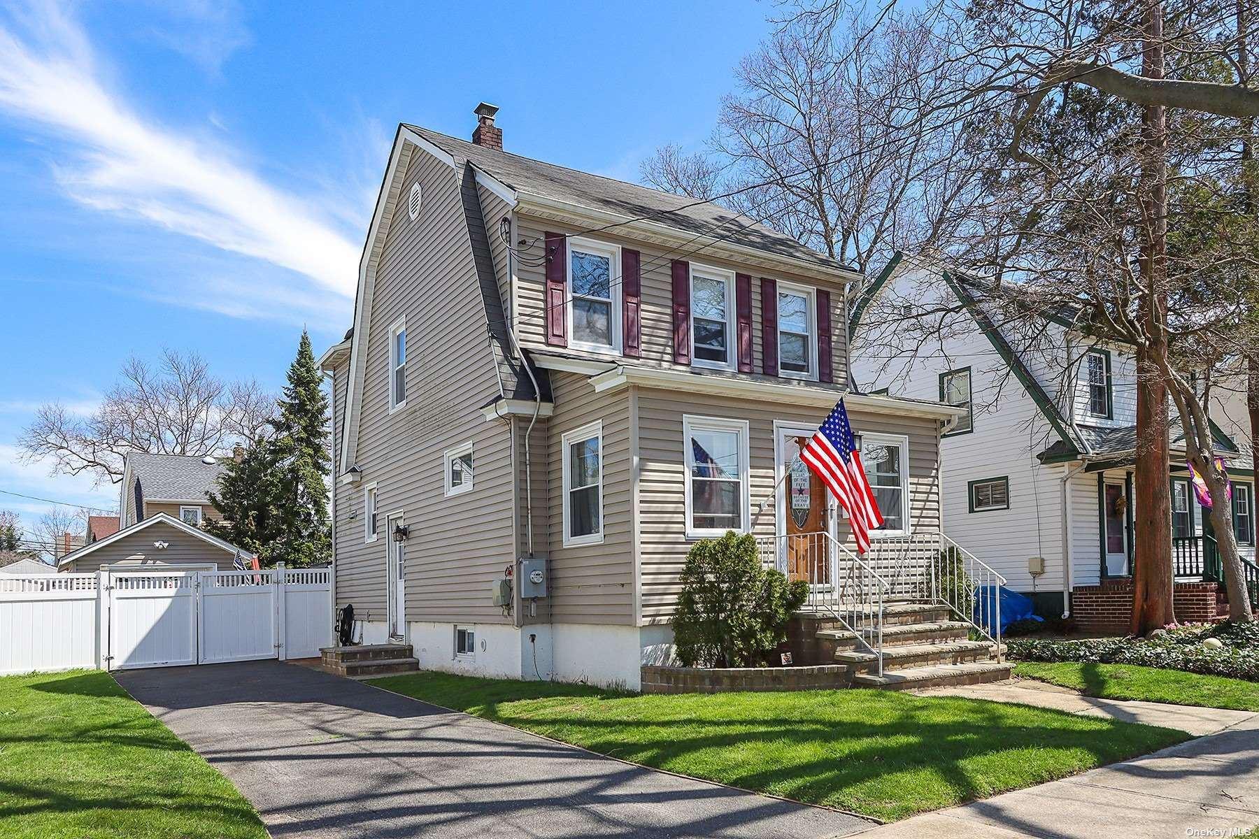 14 Devon Street, Lynbrook, NY 11563 - MLS#: 3310904