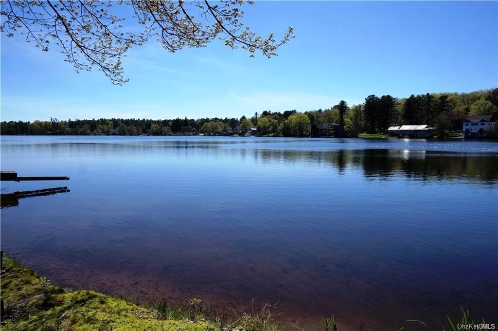 Photo for 33 Nearing Road, Lake Huntington, NY 12726 (MLS # H6045904)