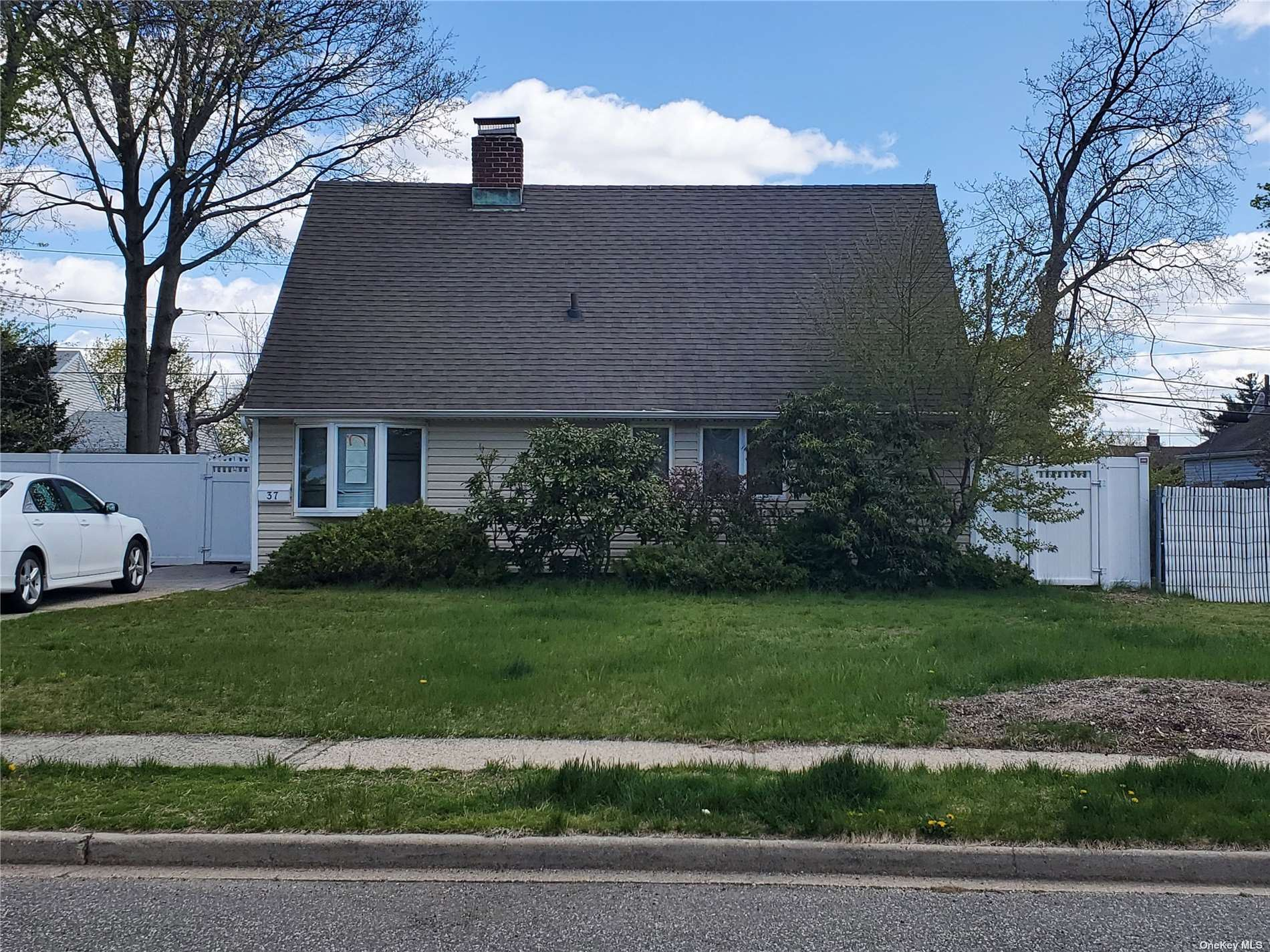 37 Albatross Road, Levittown, NY 11756 - MLS#: 3306906