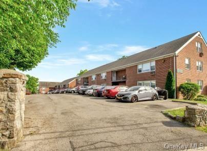 Photo of 504 Pelham Road #B3, New Rochelle, NY 10805 (MLS # H6093908)
