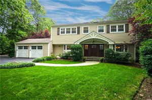 Photo of 4 Constance Ct, E. Setauket, NY 11733 (MLS # 3162909)