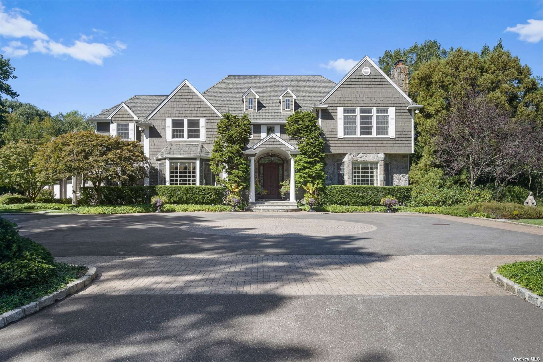 Photo of 42 Yellow Cote Road, Oyster Bay Cove, NY 11771 (MLS # 3350913)