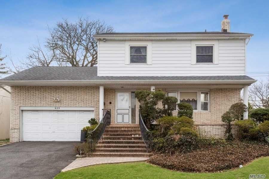 939 Cranford Avenue, Hempstead, NY 11581 - MLS#: 3215914