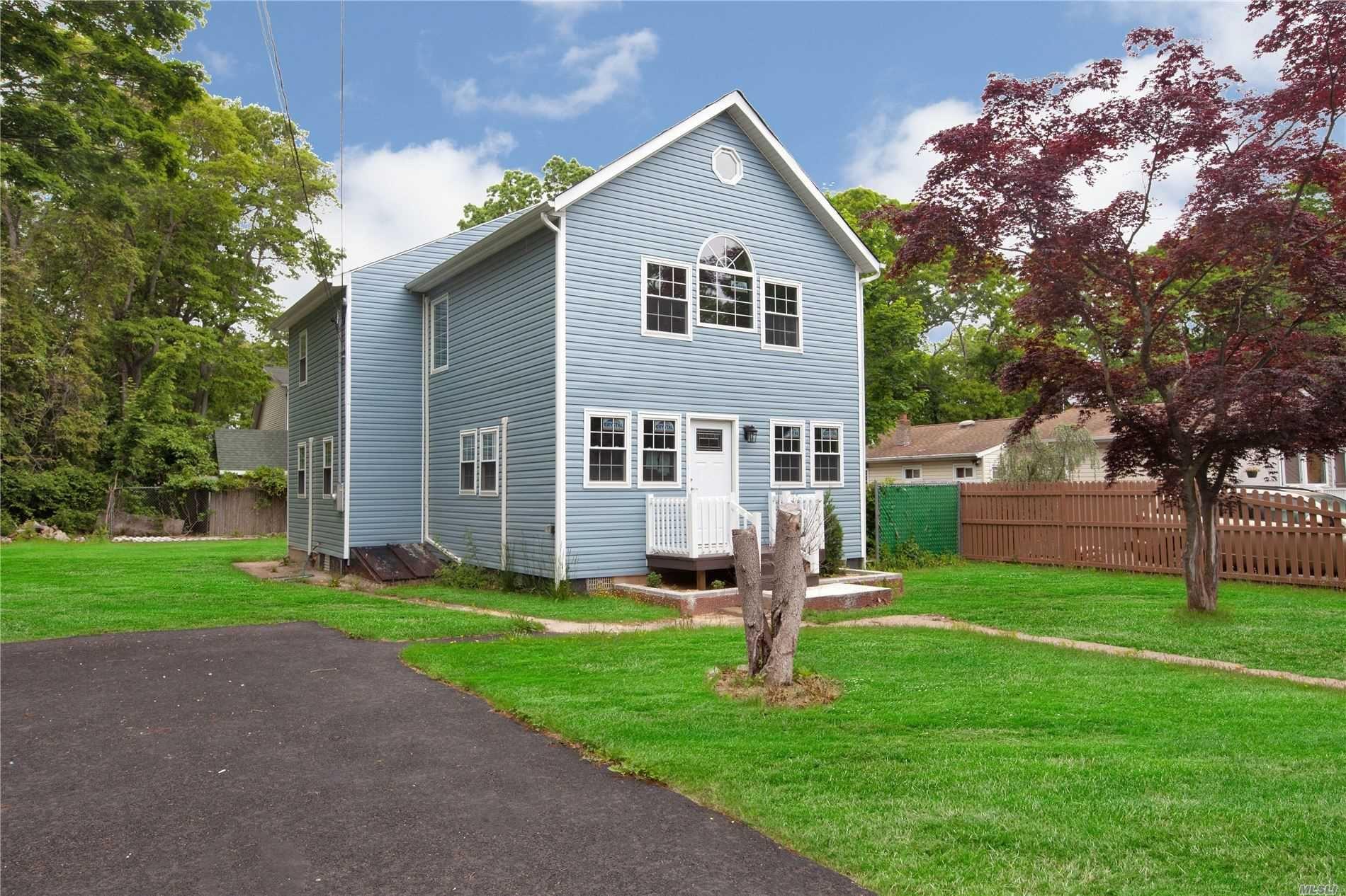 137 Southaven Avenue, Mastic, NY 11950 - MLS#: 3229915