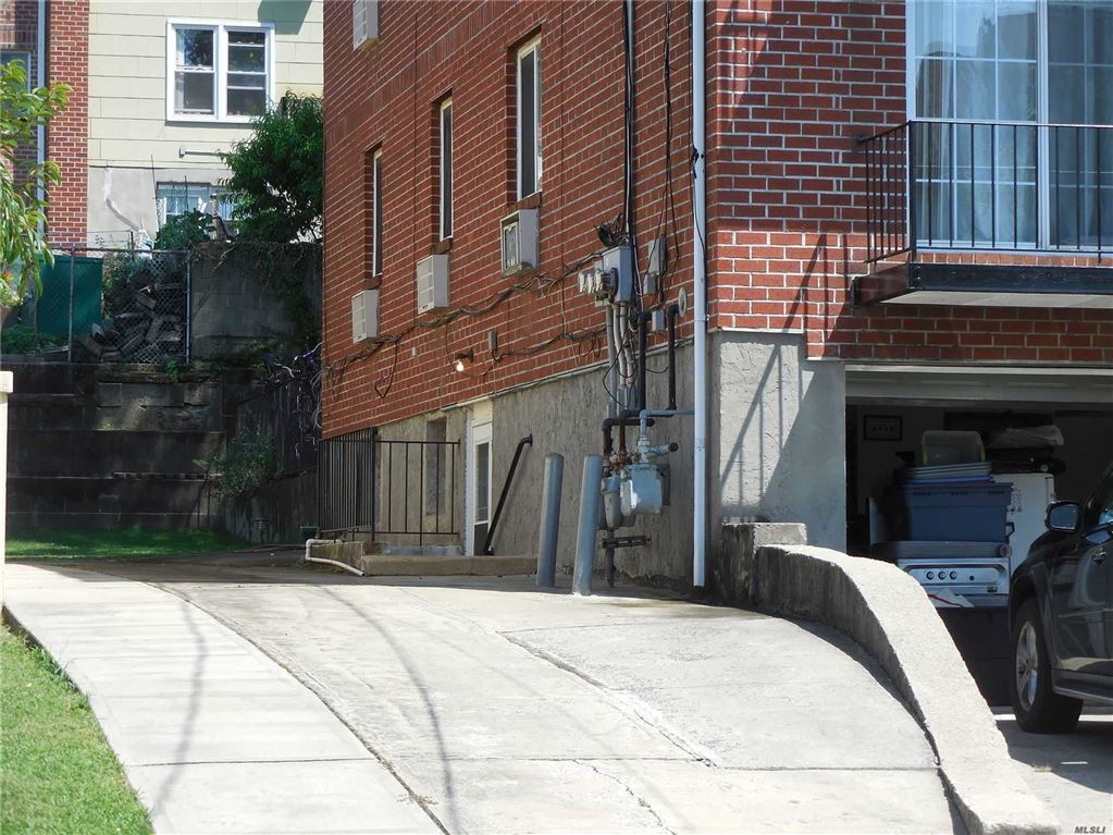 809 115 Street, College Point, NY 11356 - MLS#: 3154917