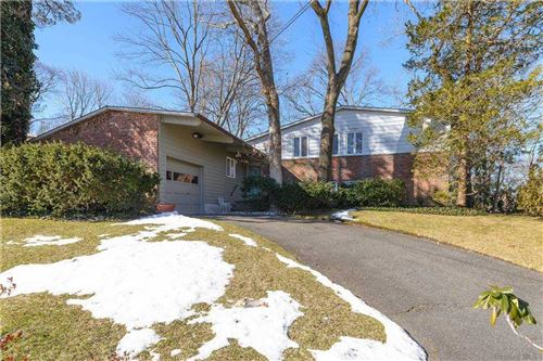 Photo of 51 Gabriele Drive, East Norwich, NY 11732 (MLS # 3291918)