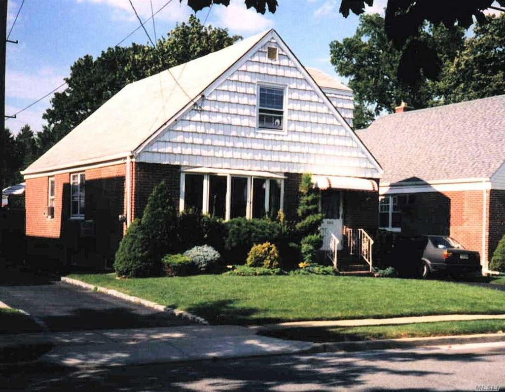 660 2nd Place, Garden City, NY 11530 - MLS#: 3146918